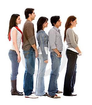 grupo-de-pessoas-em-uma-fila-thumb7085149